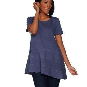 LOGO blue asymmetrical hem T-shirt